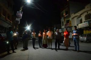 people lite the lamp on 9pm 5th march8